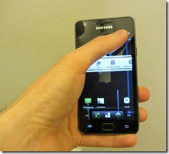 holding_galaxys22